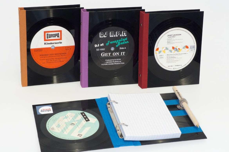 Notizbuch aus Schallplatten